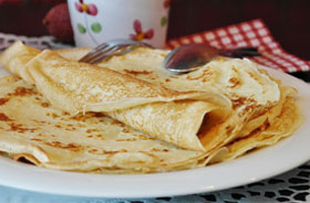 Crêpes with Anthotyro-Greek Cheese and Honey